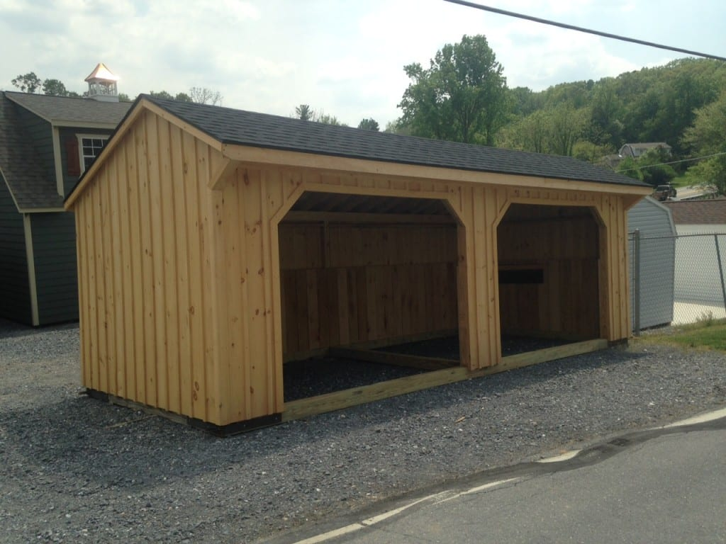 Outdoor Shelters For Animals : Sold run in shelter for sale only month